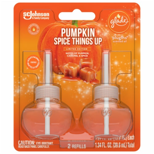 Glade PlugIns Limited Edition Pumpkin Spice Things Up Scented Oil Refills Perspective: front