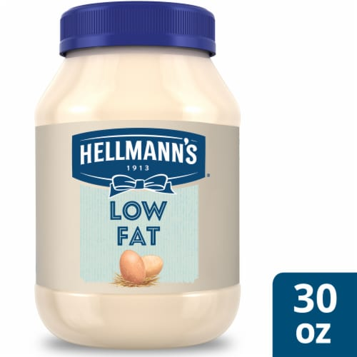 Hellmann's Low Fat Mayonnaise Dressing Perspective: front