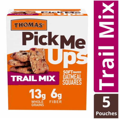 Thomas' Pick Me Ups Trail Mix Soft Baked Oatmeal Squares Perspective: front