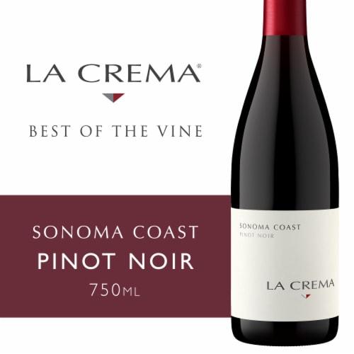 La Crema Sonoma Coast Pinot Noir Red Wine Perspective: front