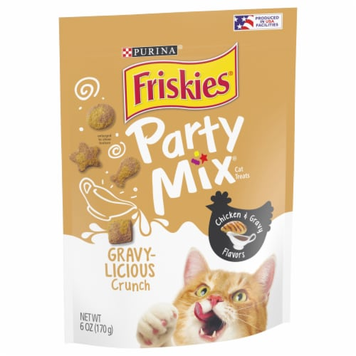 Friskies Party Mix Gravylicious Crunch Chicken & Gravy Flavored Cat Treats Perspective: front
