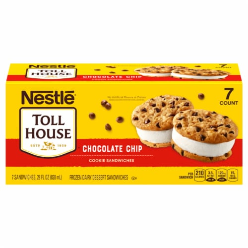 Nestle Toll House Vanilla Chocolate Chip Cookie Sandwiches Perspective: front