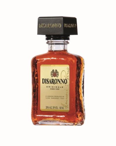 Disaronno Originale Amaretto Liqueur Perspective: front