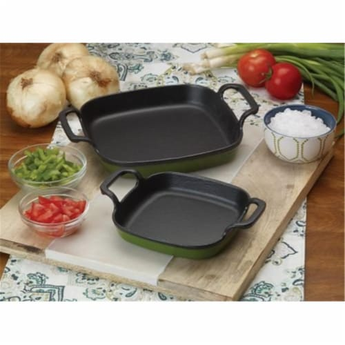 Bayou Classic 7771G 8.5 in. Enameled Cast Iron Baking Dish, Green Perspective: front