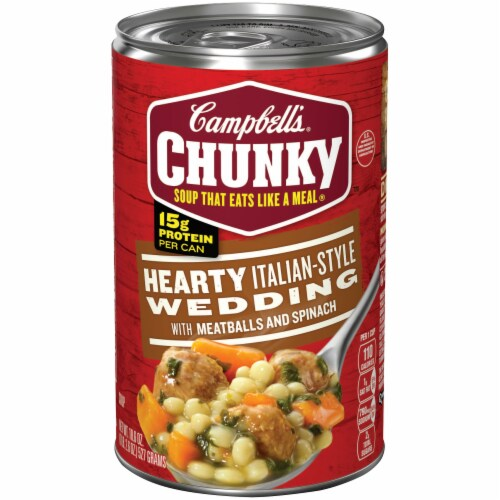 Campbell's Chunky Hearty Italian-Style Wedding Soup Perspective: front