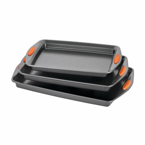 Rachael Ray Yum-o! Nonstick Cookie Pan Set - Gray/Orange Perspective: front