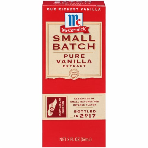 McCormick Small Batch Pure Vanilla Extract Perspective: front