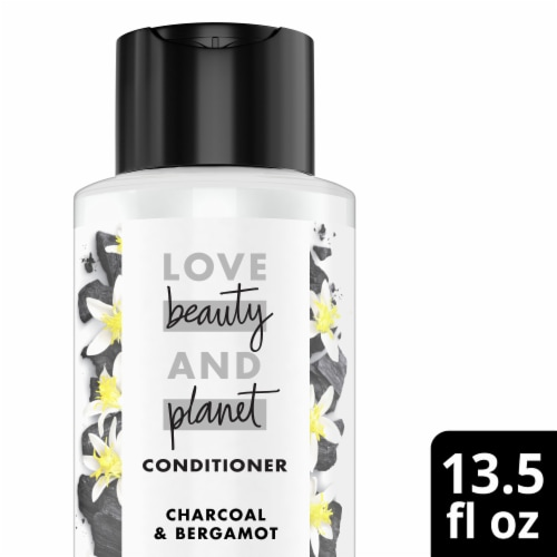 Love Beauty and Planet Charcoal Conditioner Perspective: front