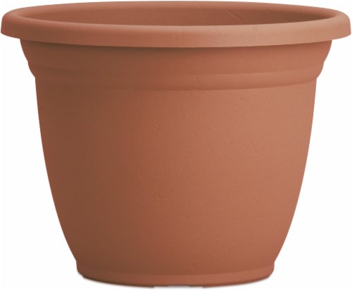 The HC Companies Mojave Planter - Brick Perspective: front