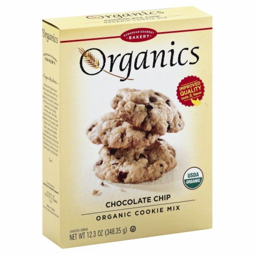 Dr. Oetker Organics Chocolate Chip Cookie Mix Perspective: front