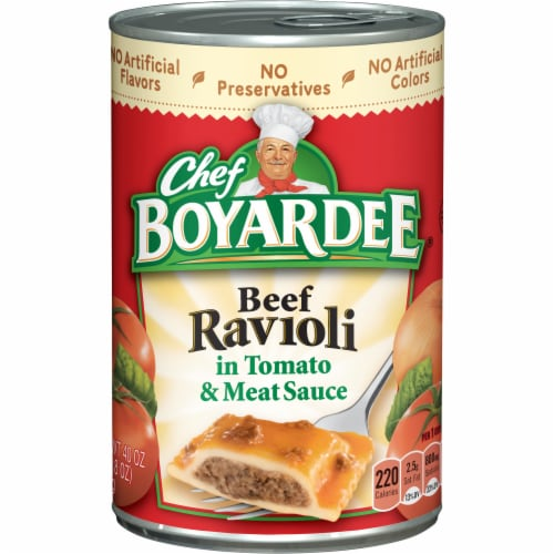 Chef Boyardee Beef Ravioli in Tomato & Meat Sauce Perspective: front