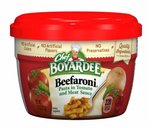 Chef Boyardee Beefaroni Pasta in Tomato and Meat Sauce Perspective: front