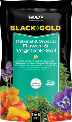 SunGro® Black & Gold Natural & Organic Flower & Vegetable Soil Perspective: front