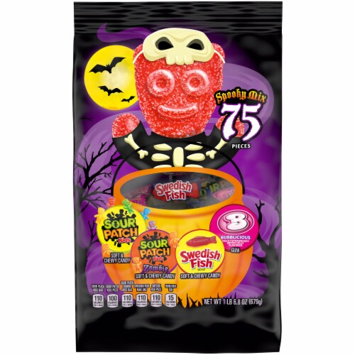 Sour Patch Swedish Fish & Bubblicious Spooky Candy Mix Perspective: front
