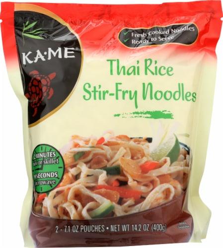 Ka-Me Stir-Fry Thai Rice Noodles Perspective: front