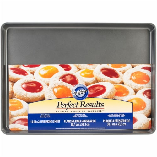 Wilton Perfect Results Mega Non-Stick Cookie Sheet - 21 x 15 in. Perspective: front