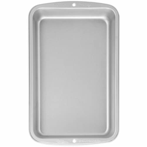 Wilton Recipe Right Non-Stick Biscuit & Brownie Pan Perspective: front
