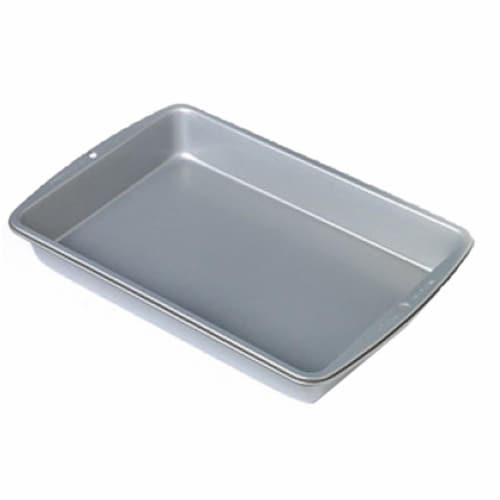 Wilton Recipe Right Non-Stick Bakeware Oblong Cake Pan - 13 x 9 in. Perspective: front