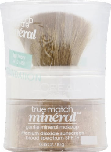 L'Oreal Paris True Match Light Ivory Gentle Mineral Makeup Perspective: front