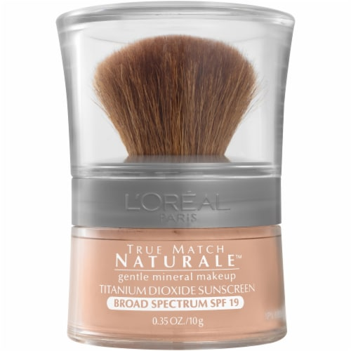 L'Oreal Paris True Match Mineral Natural Ivory Powder Mineral Foundation Perspective: front
