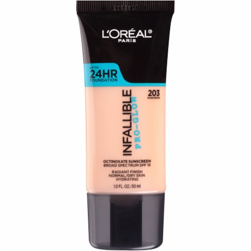 L'Oreal Paris Infallible Pro-Glow 203 Nude Beige SPF 15 Sunscreen Foundation Perspective: front