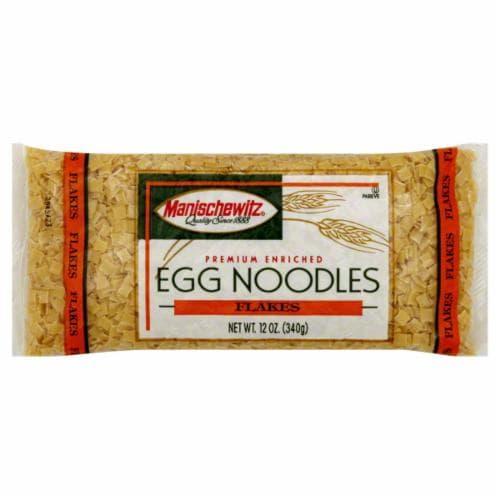 Manischewitz Flakes Egg Noodles Perspective: front