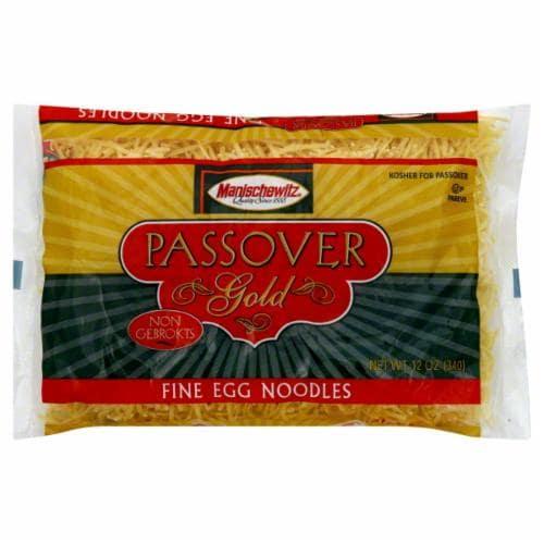 Manischewitz Passover Gold Fine Egg Noodles Perspective: front