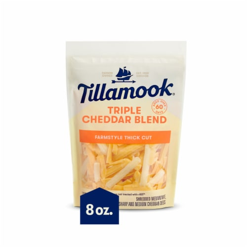 Tillamook® Farmstyle Thick Cut Triple Cheddar Blend Shredded Cheese Perspective: front