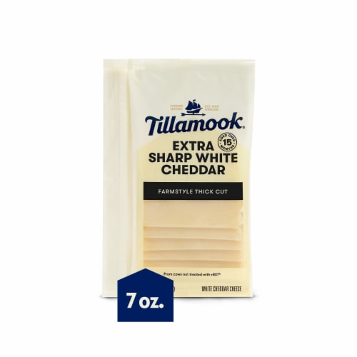 Tillamook Farmstyle Thick Cut Extra Sharp White Cheddar Cheese Slices 7 Count Perspective: front