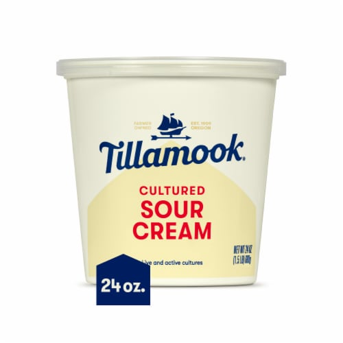 Tillamook® Cultured Sour Cream Perspective: front