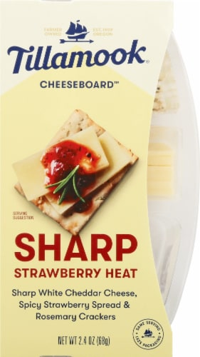 Tillamook Cheeseboard Sharp Strawberry Heat Cheese Snack Perspective: front