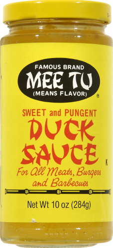 Mee Tu Sweet and Pungent Duck Sauce Perspective: front
