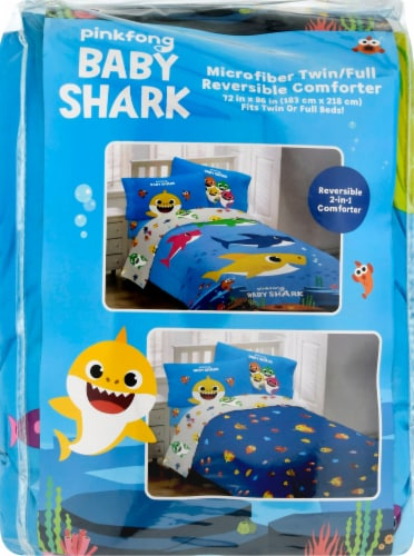 Pinkfong Baby Shark Comforter Perspective: front