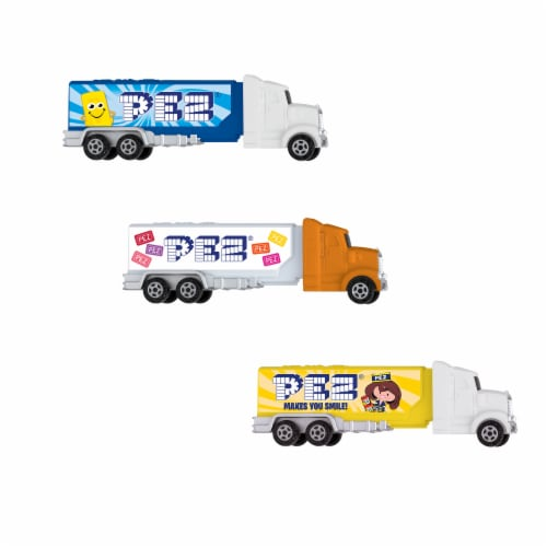 Pez Rigs Dispenser & Candy Perspective: front