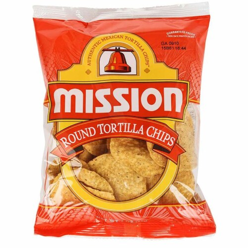Mission Yellow Round Tortilla Chips - 3 oz. bag, 48 per case Perspective: front