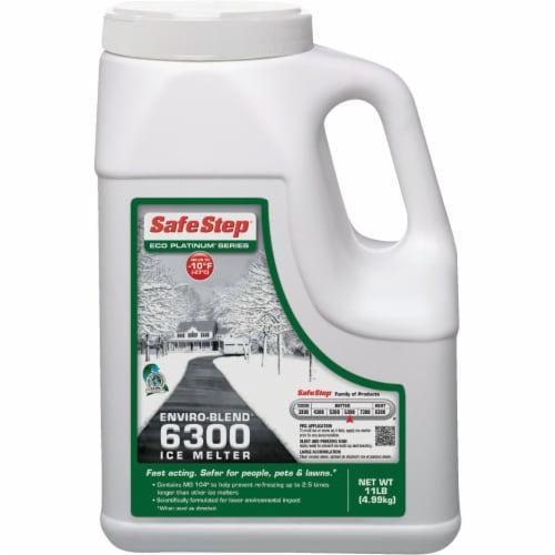 Safe Step® Enviro-Blend 6300 Ice Melt Pellets Perspective: front