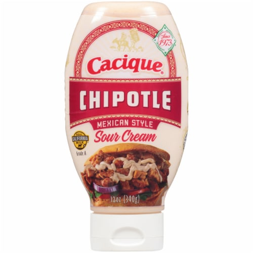 Cacique Chipotle Mexican Style Sour Cream Perspective: front
