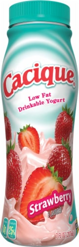Cacique Strawberry Yogurt Smoothie Perspective: front