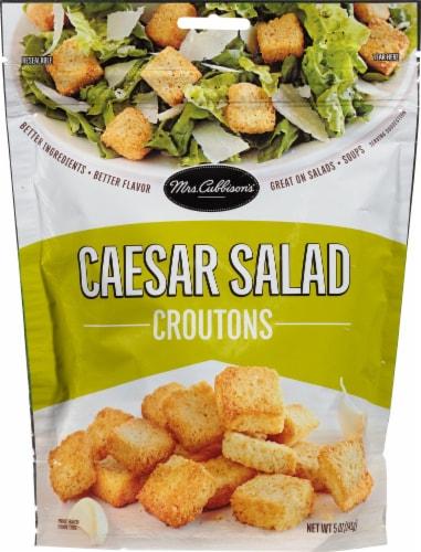 Mrs. Cubbison's Restaurant Style Caesar Salad Croutons Perspective: front