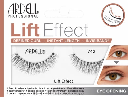 Ardell 742 Lift Effect False Eyelashes Perspective: front