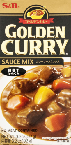 S&B Golden Curry Sauce Mix Hot Perspective: front