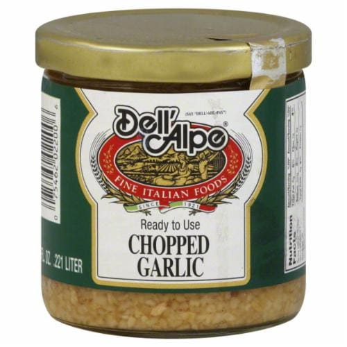 Dell'Alpe Chopped Garlic Perspective: front