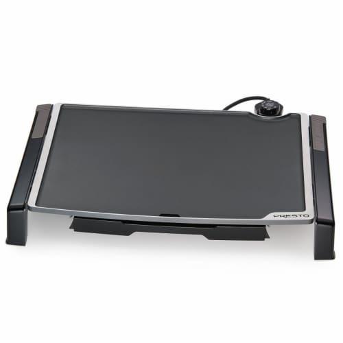 Presto 07073 19 x 15 in. Electric Tilt N Fold Griddle Perspective: front