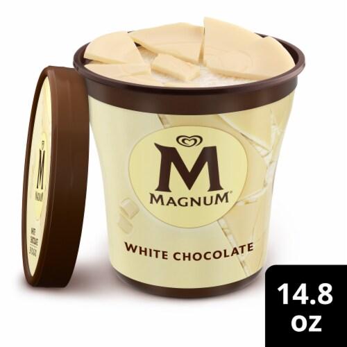 Magnum White Chocolate Vanilla Ice Cream Perspective: front