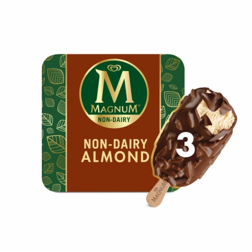 Magnum Vegan Non-Dairy Belgian Chocolate Dipped Almond Dessert Bar Perspective: front