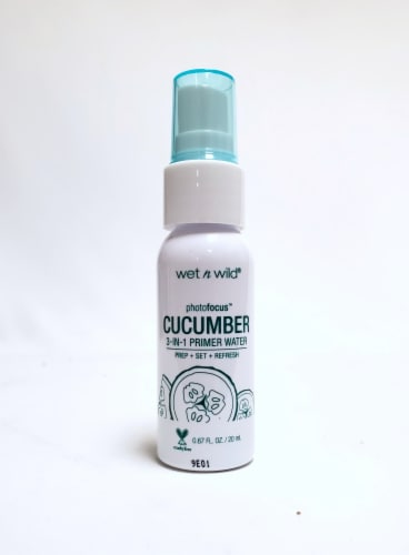 Wet n Wild PhotoFocus Cool as a Cucumber 3-in-1 Primer Water Perspective: front