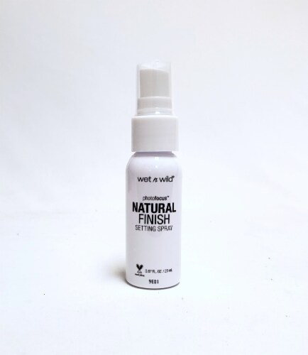 Wet n Wild Mini PhotoFocus Natural Finish Setting Spray Perspective: front