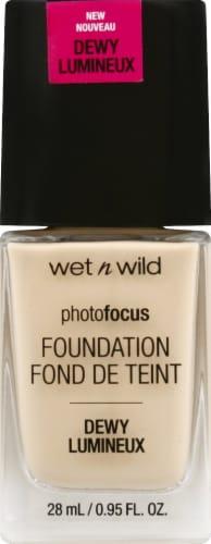 Wet n Wild Photo Focus Dewy Porcelain Foundation Perspective: front