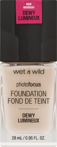 Wet n Wild Photo Focus Dewy Foundation Perspective: front