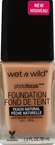 Wet n Wild Photo Focus Foundation - Peach Natural Perspective: front